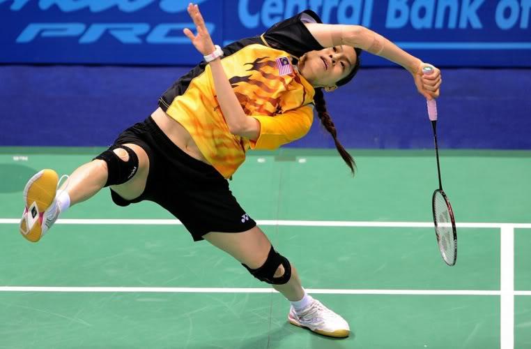 teknik badminton yang terpenting