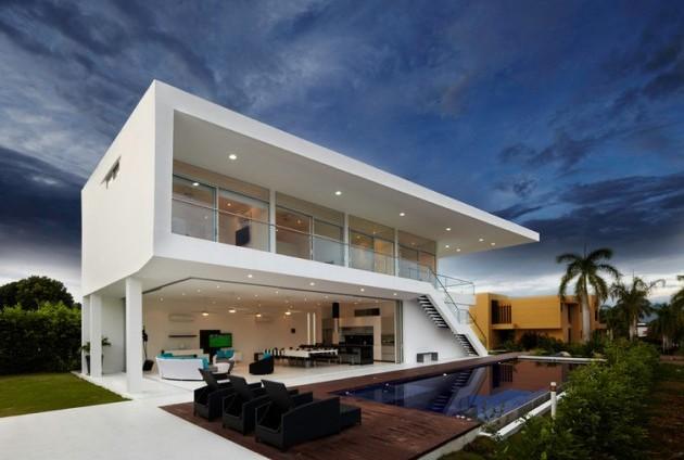 Ide Desain Untuk Rumah Yang Bertemakan High Tech Galena