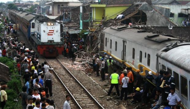 Kecelakaan kereta api di Indonesia