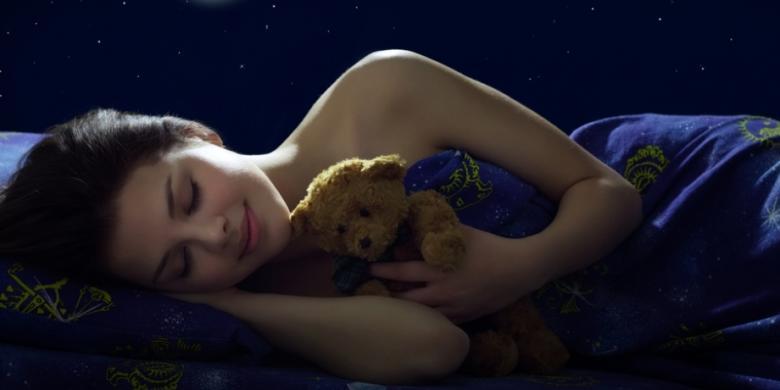 Memadamkan lampu saat tidur