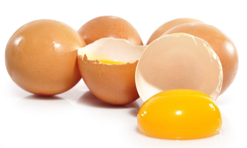 Fungsi telur dalam pembuatan kue