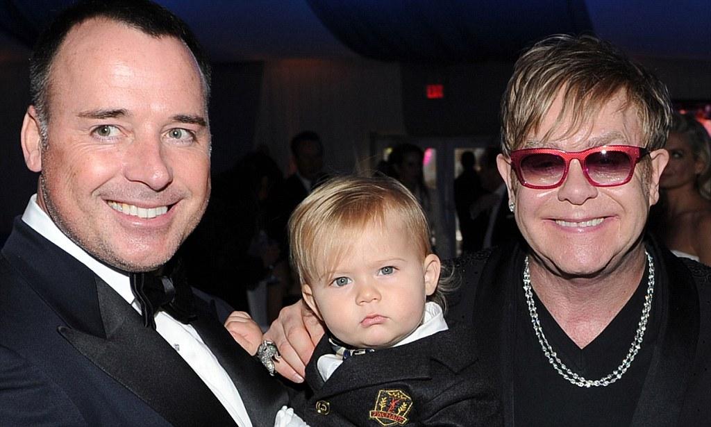 Pasangan homoseksual dan anaknya
