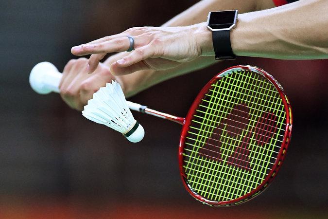 tips memilih raket badminton