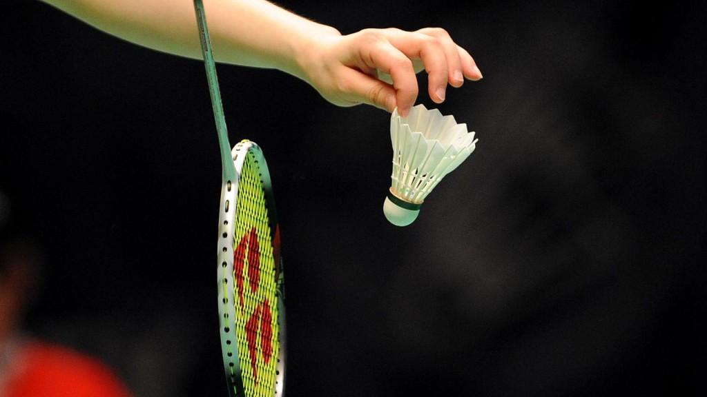 teknik badminton yang benar