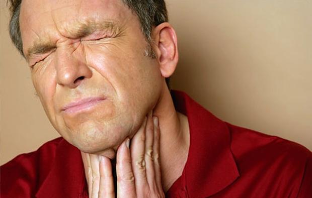 penyebab munculnya lendir di tenggorokan