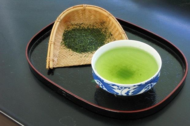 rmanfaat rajin minum teh hijau