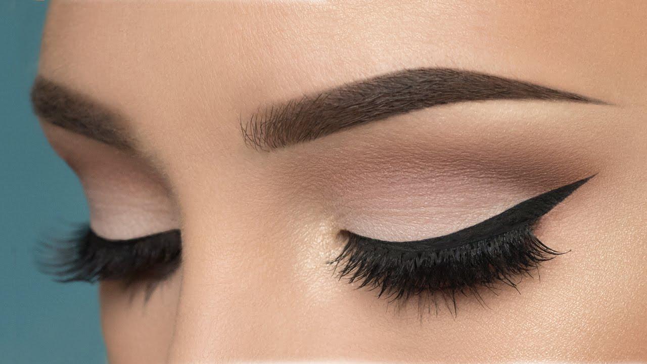 cara menggunakan eyeliner