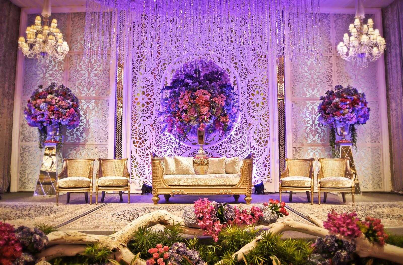 berapa perkiraan harga untuk dekorator pernikahan hanya di india