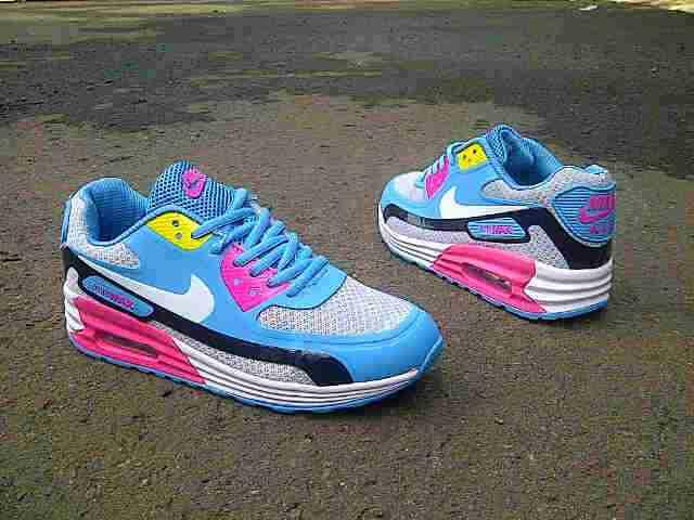 Apa perbedaan antara sepatu lari merk Nike dan Asics  - Galena 5f1948833f