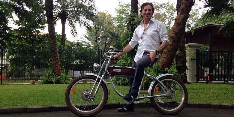 cara menggunakan sepeda listrik