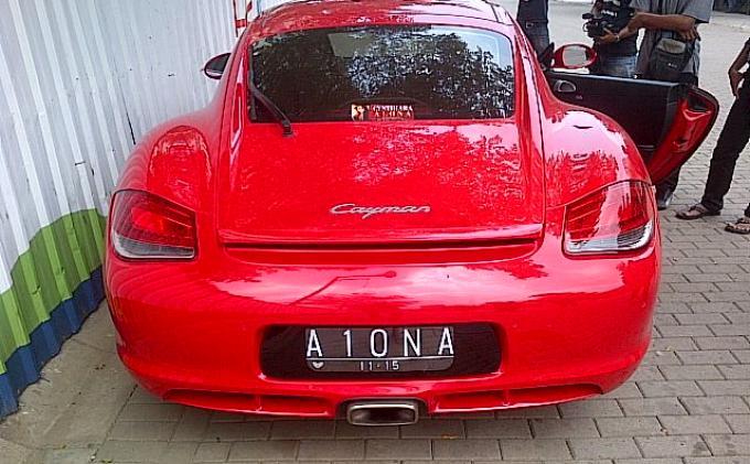 pemilik mobil mewah di Indonesia