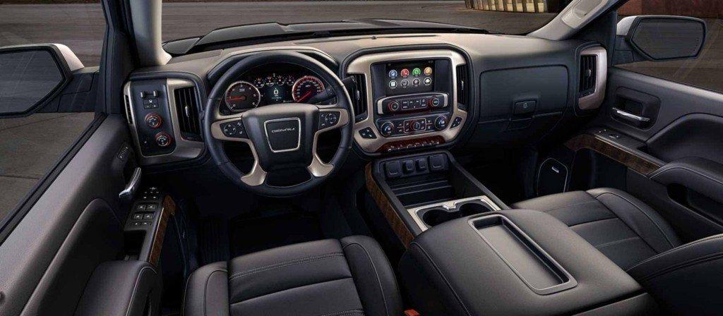 interior mobil mewah
